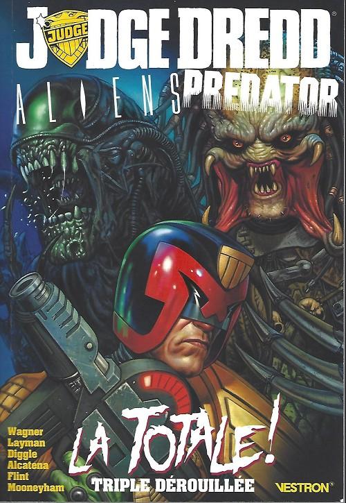 Couverture de Judge Dredd/Aliens/Predator -INT- La totale! triple dérouillée